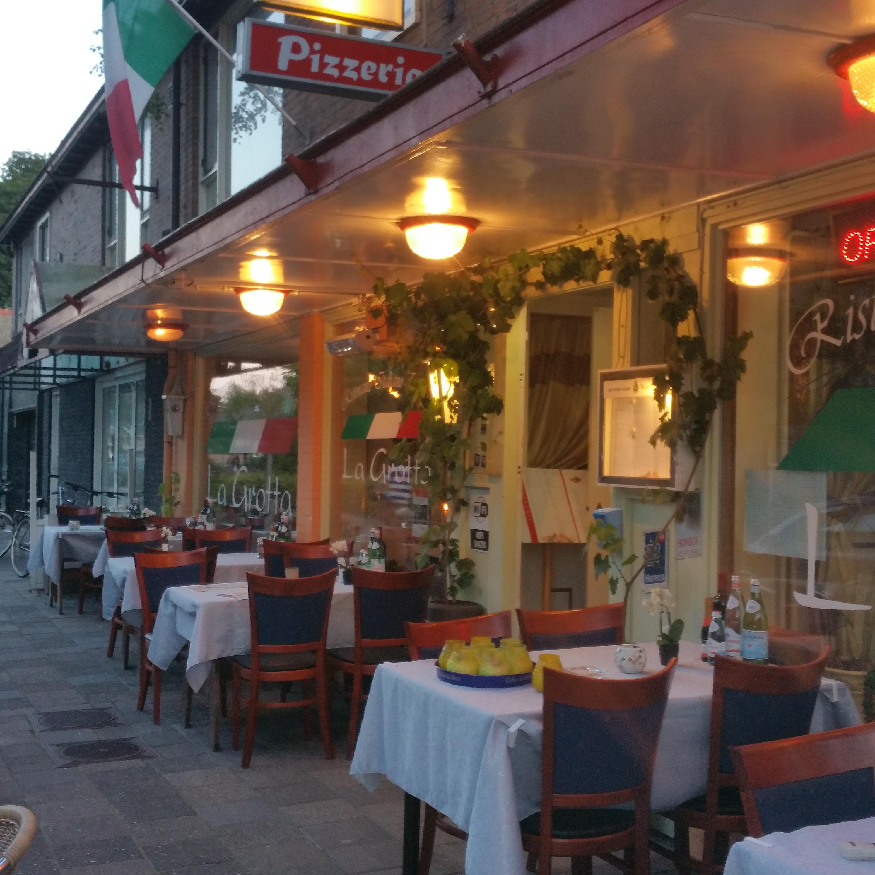 Italiaanse Restaurant La Grotta Schoorl Een Echte Familerestaurant